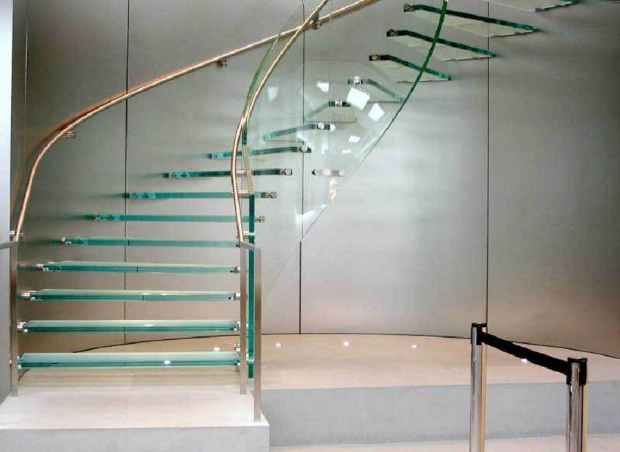 лестницы из стекла 1