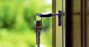 osobennosti-zameny-dvernyh-zamkov