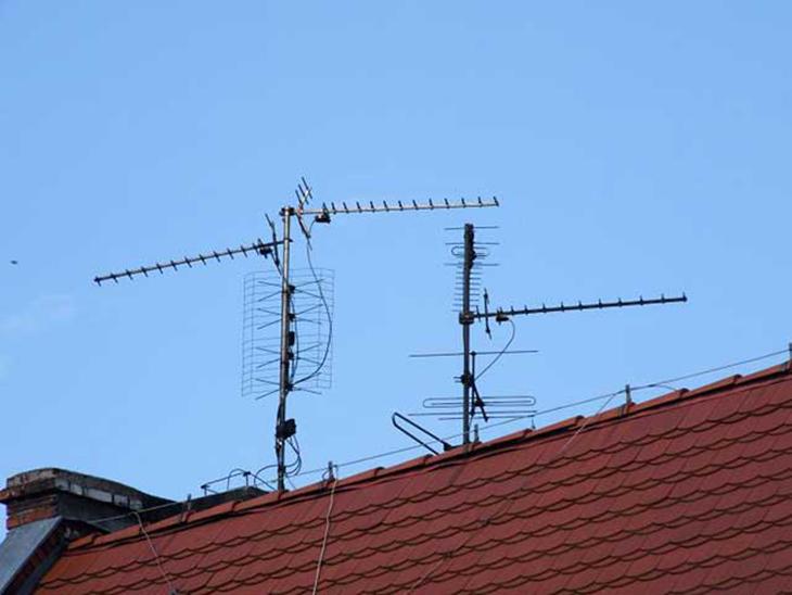 Установка дециметровой антенны в доме