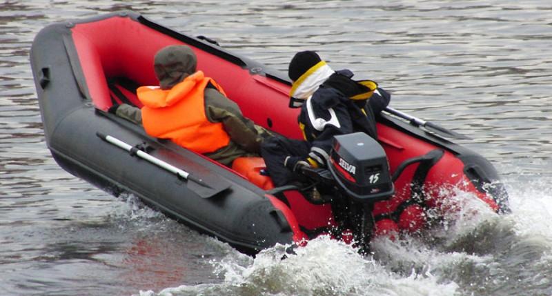 Правила передвижения лодки с мотором
