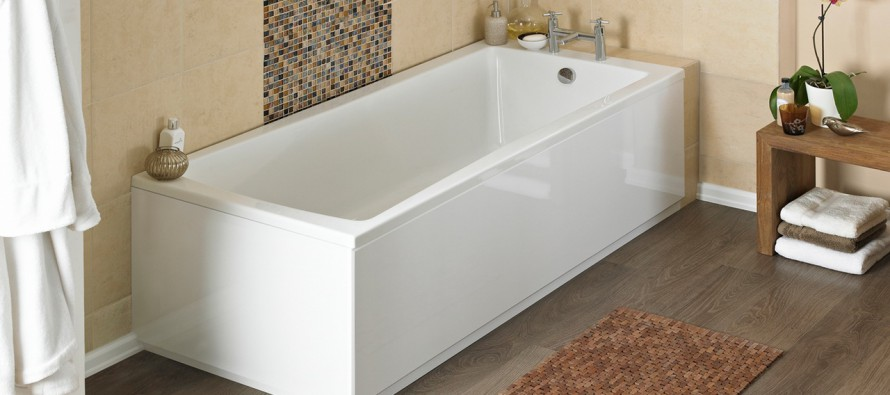 При обустройстве ванной комнаты, в первую очередь, необходимо задуматься о приобретении самой ванны, а также раковины