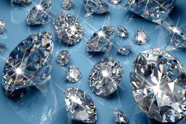 Купить бриллианты в Москве