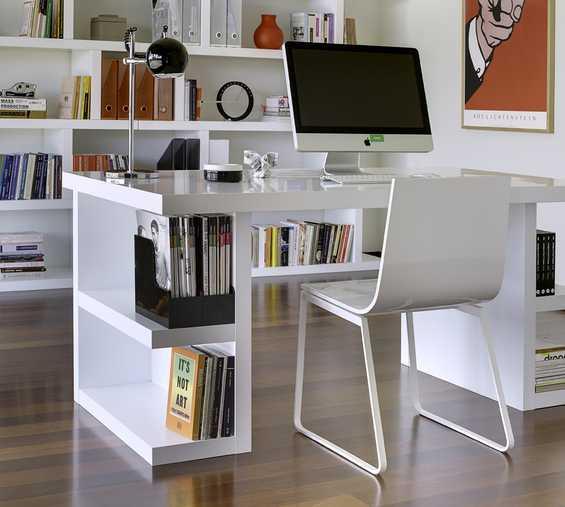 рабочий стол для дома
